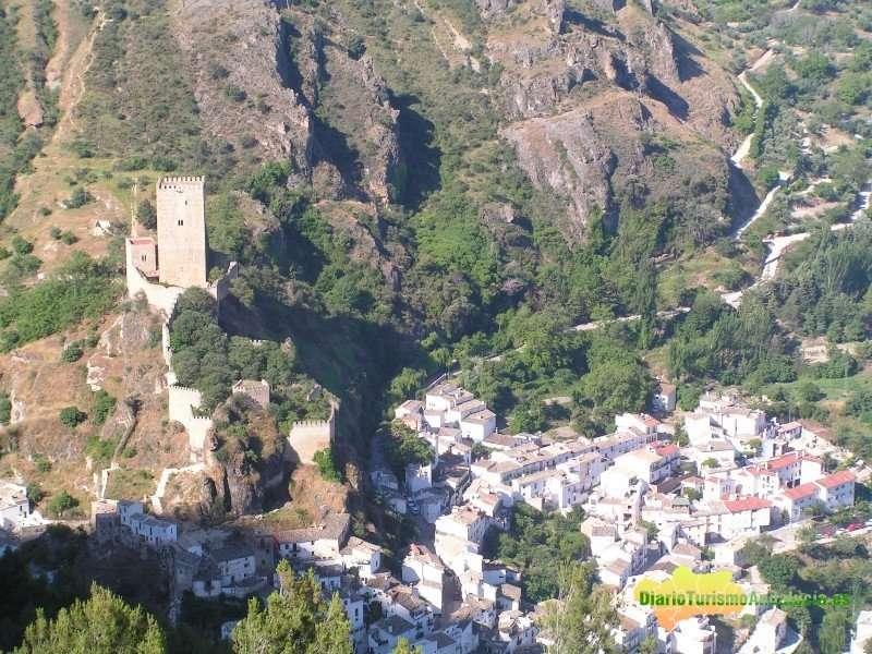 La localidad jiennense acredita los requisitos exigidos en el Decreto de Municipio Turístico de Andalucía.
