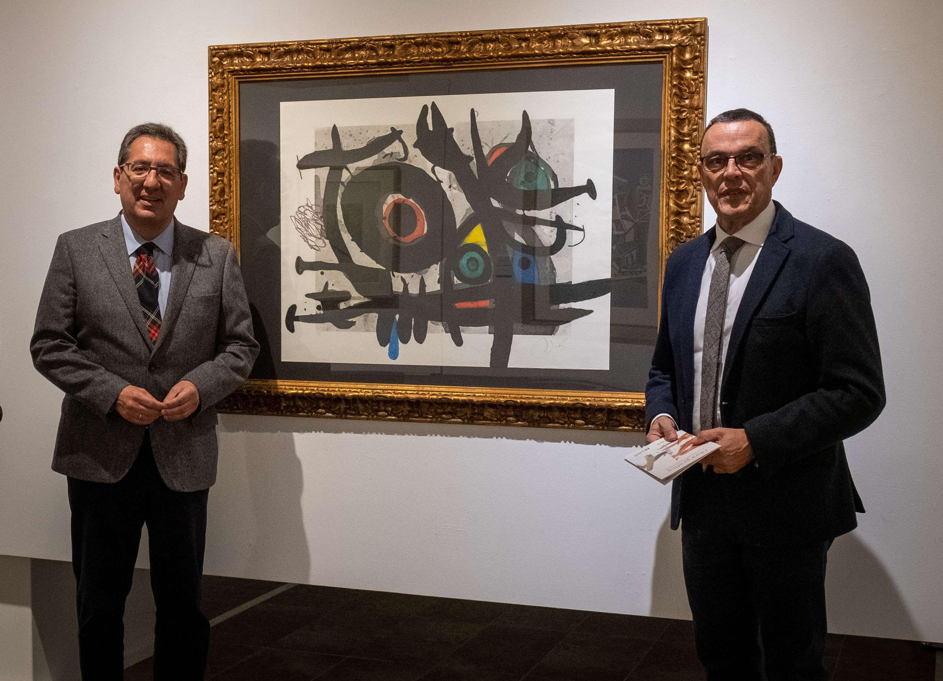 La muestra, que reúne 160 piezas del fondo menos conocido de la Fundación, ha sido inaugurada por los presidentes de ambas instituciones, Ignacio Caraballo y Antonio Pulido.