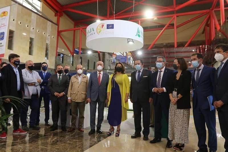 El presidente de la Diputación, en el marco del evento Smart Agrifood Sammit, apuesta por la innovación y la modernización del sector para la mejorar del mundo rural