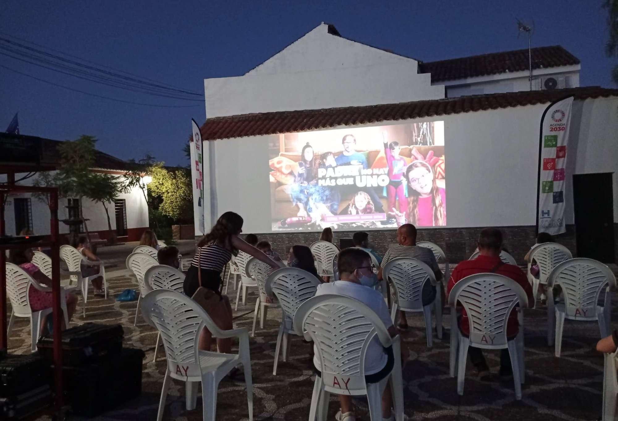 Diputación finaliza en septiembre la campaña Cine en el Pueblo, en la que participan 46 municipios