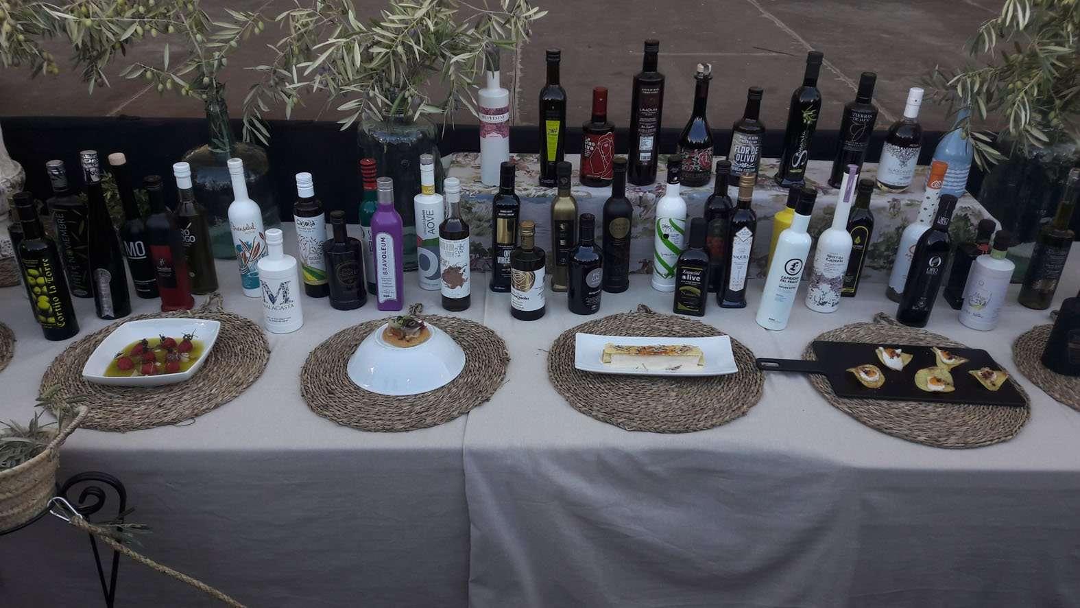 La VII Fiesta del Primer Aceite de Jaén no se celebrará de forma presencial en Baeza, como estaba previsto, y será virtual como consecuencia del aumento de casos de covid-19.