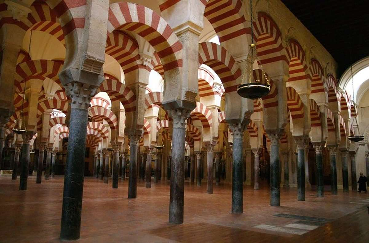 Histórica caída del turismo extranjero en Andalucía